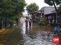 Tanggul Jebol, Banjir Merendam Tiga Perumahan di Tangerang