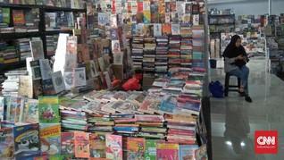 Imanda dan Sederet Asa Pengasong Buku Pasar Kenari