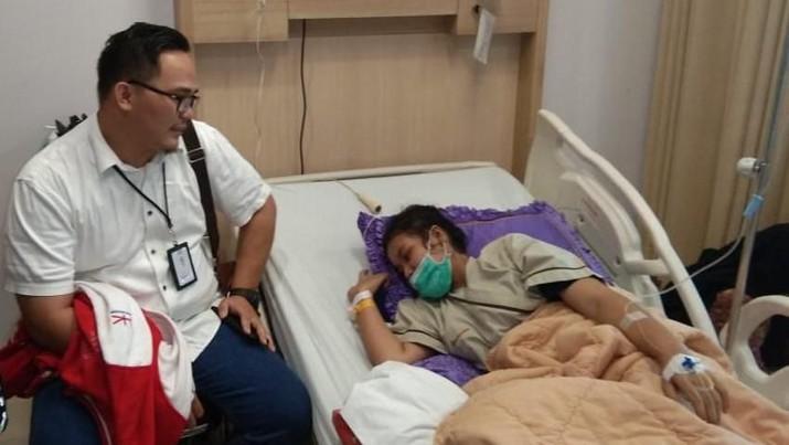Beruntung, ada banyak pihak yang peduli dan memberikan bantuan kepada Riska Ramadila salah satunya adalah PT Hutama Karya (Persero).