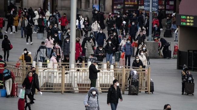 Virus Corona mulai 'memukul' perekonomian China. Per Selasa (4/2), virus yang berasal dari Kota Wuhan, Provinsi Hubei, China telah menewaskan 425 orang. (Photo by NOEL CELIS / AFP)