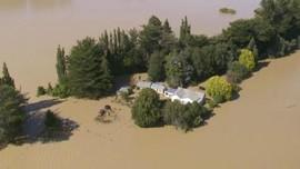 Tanah Longsor dan Banjir Rendam Selandia Baru