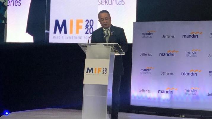 Royke Tumilaar mengklaim bahwa pertumbuhan laba Bank Mandiri merupakan yang tertinggi di antara seluruh bank besar di Asia Tenggara.