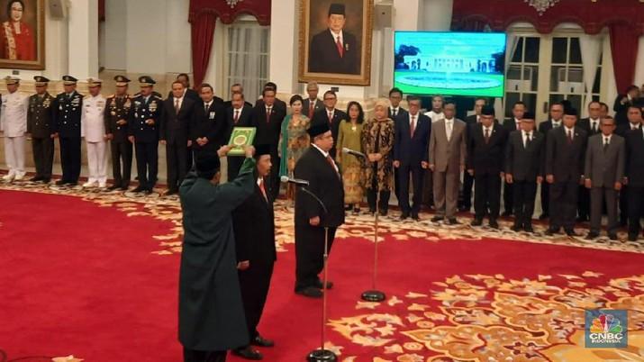 Suasana pelantikan Kepala BPIP dan Kepala BPKP di Istana Merdeka, Kompleks Istana Kepresidenan, Jakarta, Rabu (6/2/2020).