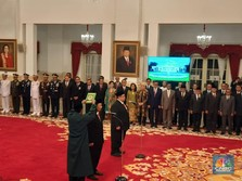 Jokowi Lantik Kepala BPIP & Bos BPKP, Siapa Saja?