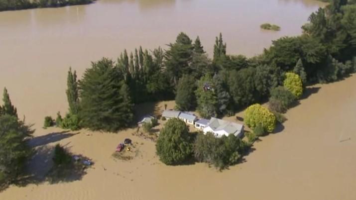 Banjir Dahsyat di Selandia Baru, Ratusan Turis Terjebak