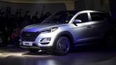 Hyundai Tucson baru menyapa calon konsumennya di Auto Expo 2020 berlangsung di New Delhi, India. (Photo by Money SHARMA / AFP)