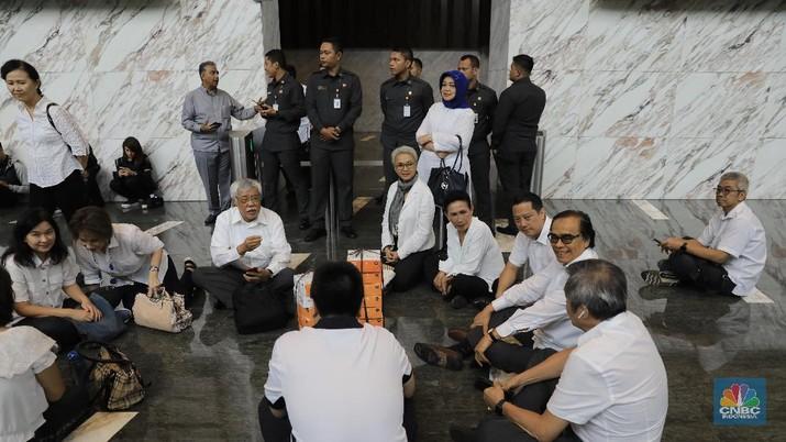 Nasabah Jiwasraya mengaku merasa terluka karena sikap pemerintah yang sampai saat ini tidak memunjukkan adanya progress atas penyelesaian megaskandal Jiwasraya.