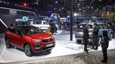Pabrikan tuan rumahTata Motors turut meramaikan acara Auto Expo 2020. (Photo by Money SHARMA / AFP)