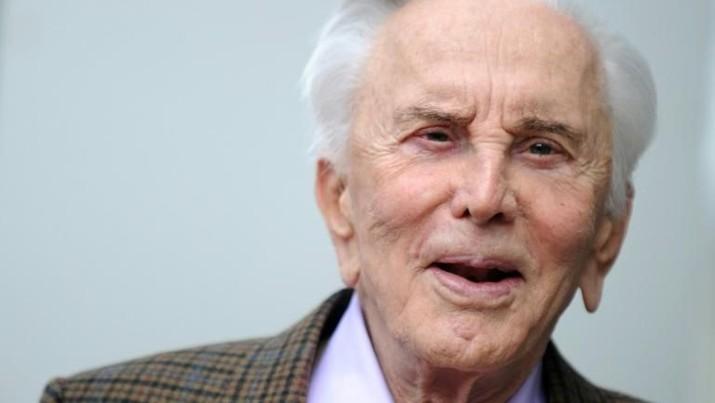 Legenda Hollywood Kirk Douglas Meninggal di Usia 103 Tahun