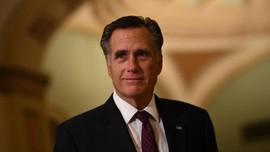 Mitt Romney, dari Gereja hingga Berubah Dukung Pemakzulan
