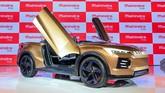Mobil konsep bertenaga listrik Mahindra Funster belum bisa dipastikan kapan masuk dapur produksi. (Photo by Money SHARMA / AFP)