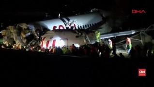 VIDEO: Pesawat Turki Terbelah Menjadi Tiga
