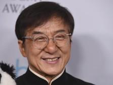 Penuh Skandal! Ini Sisi Kelam Aktor Legend Jackie Chan