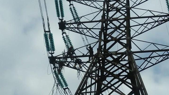 Terjadi dua pemadaman hari ini, karena adanya gangguan di gardu induk dan transmisi. Ada apa dengan PLN?