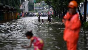Daftar Jalan Putus di Jakarta karena Banjir Hari Ini