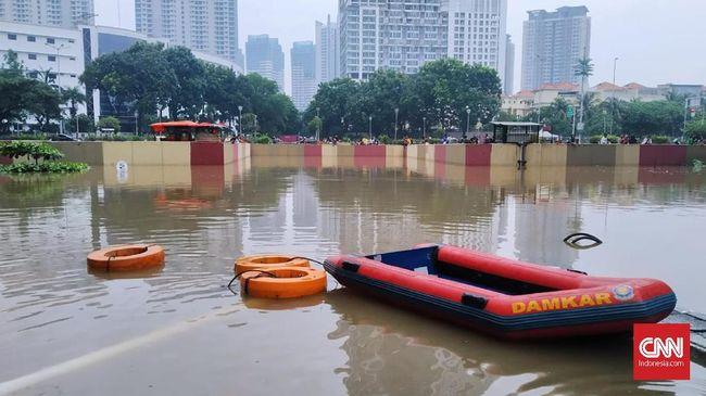 Underpass Kemayoran Kebanjiran Lagi, Ketinggian Air 6 Meter