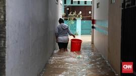 Hujan Semalaman, Banjir Rendam Perumahan di Bekasi