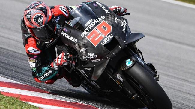 Sehari sebelumnya, pebalap Petronas Yamaha SRT Fabio Quartararojuga sukses menjadi yang tercepat pada tes MotoGP Sepang. (Photo by Mohd RASFAN / AFP)