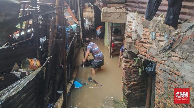 Lima Titik Banjir Jakarta Selatan, Warga Sudah Mengungsi