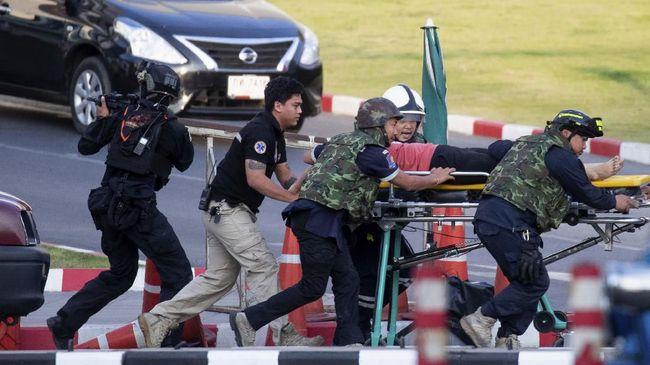 Raja Thailand Tanggung Biaya Pemakaman Korban Penembakan