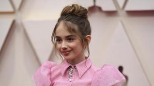 Tak Suka Sajian Makanan Oscar 2020, Julia Butters Bawa Bekal