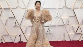 FOTO: 9 Selebriti Berbusana Terburuk di Oscar 2020