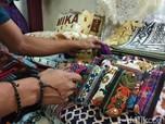 Sajadah Impor China Obrak Abrik RI, Pabrik Lokal PHK Massal
