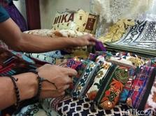 China Pasok Sajadah Impor ke RI, Importir Kini Kelabakan