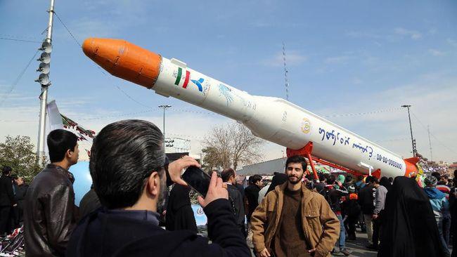 Fakta Roket Simorgh Iran yang Gagal Bawa Satelit ke Orbit