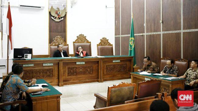 Hakim Tolak Praperadilan MAKI yang Minta KPK Jerat Hasto