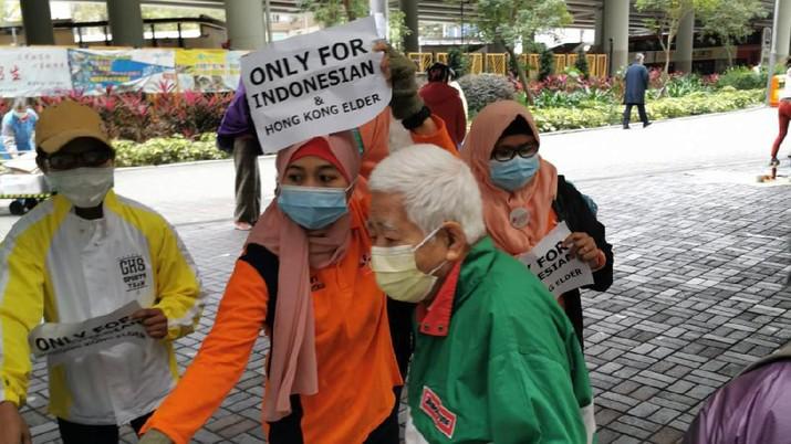 Bank Mandiri Bersama Pekerja Migran Indonesia Bagikan Masker di Hong Kong Aksi ini bertujuan untuk mendukung upaya pencegahan virus Corona.