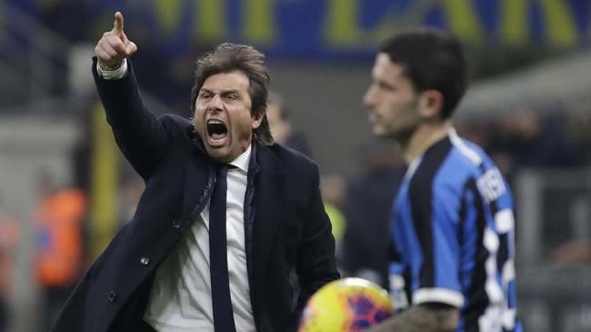 Selepas pertandingan, pelatih Inter Antonio Conte mengkritik penampilan Napoli yang dianggap terlalu bertahan di sepanjang laga. (AP Photo/Luca Bruno)