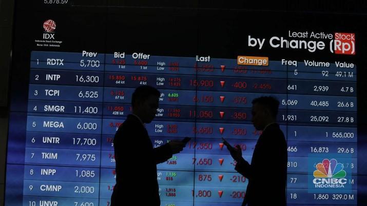 Pagi ini, meskipun Indeks Harga Saham Gabungan (IHSG) merah tetapi asing tercatat melakukan akumulai net buy.