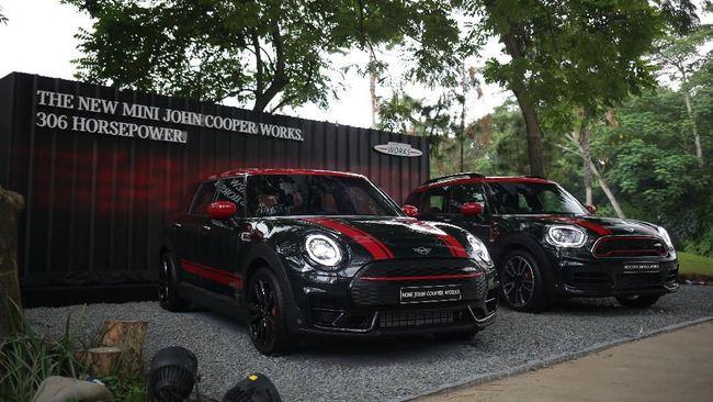 Dua Mobil Tercepat Mini Meluncur di Indonesia