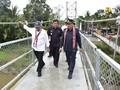 PUPR Resmikan Jembatan Gantung Sungai Ensilat di Kapuas Hulu