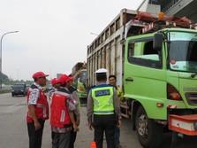 Truk Kegendutan Dilarang Melintas Jalan Tol Hutama Karya