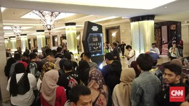 Baladewa di Bandung Antusias Nonton Konser Dewa 19
