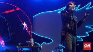 Terbawa Nostalgia di Konser 20 Tahun Bintang Lima Dewa 19