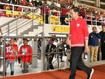 Gaya Jokowi Resmikan Stadion Piala Dunia di Solo
