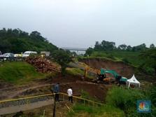 Melihat Longsor di Dekat Jalan Tol Cipularang KM 118