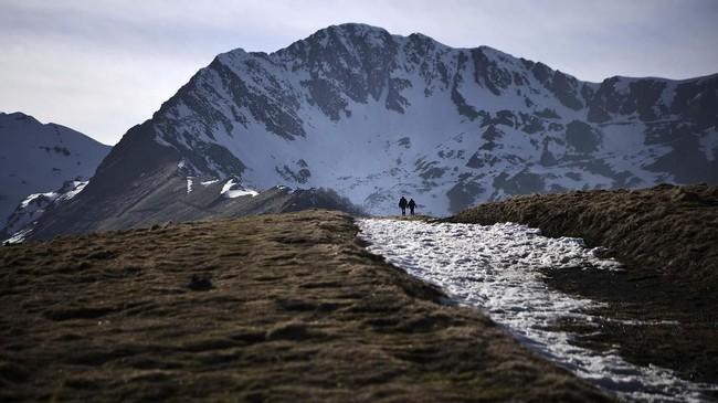 Menurut badan meteorologi Prancis, meskipun hujan salju berlimpah bisa terjadi pada awal musim dingin,