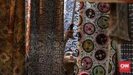 FOTO: Berburu Ragam Batik di Tanah Abang