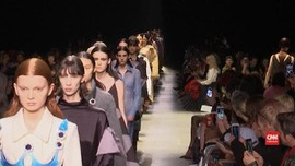 VIDEO: Corona 'Papar' Christopher Kane di London Fashion Week