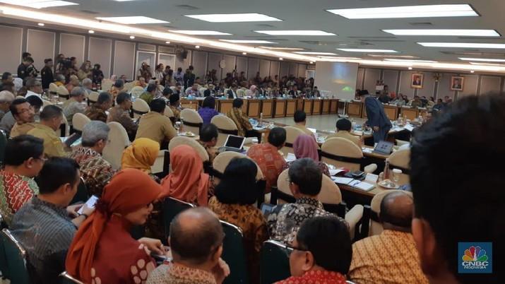 Menteri Keuangan Sri Mulyani Indrawati kembali menunjukkan kekesalannya kepada BPJS Kesehatan.