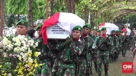 Empat Kru Heli MI-17 Dimakamkan di TMP Giri Tunggal Semarang
