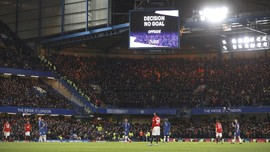 Kronologi VAR Tiga Kali Tolong MU Menang Atas Chelsea