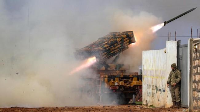 Pasukan Suriah dilaporkan berhasil merebut Provinsi Aleppo di wilayah barat laut yang sebelumnya dikuasai kelompok pemberontak.(Photo by Omar HAJ KADOUR / AFP)