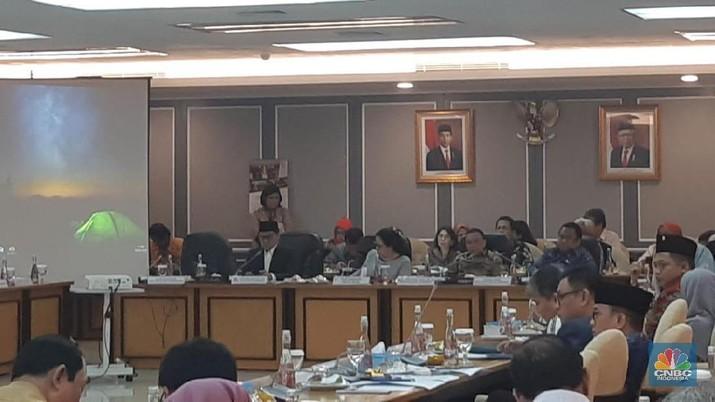 Menteri Keuangan Sri Mulyani Indrawati mengatakan akan menarik kembali suntikan dana yang telah diberikan kepada BPJS Kesehatan.