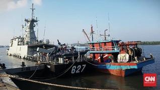 KRI Kerambit Tangkap Kapal Berbendera Malaysia Pencuri Ikan