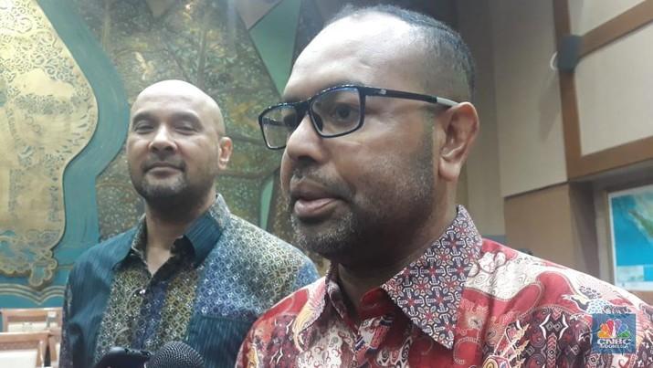 Claus Wawafma buka-bukaan soal perjalanan karirnya sebagai putra Papua, yang kini jadi direksi Freeport